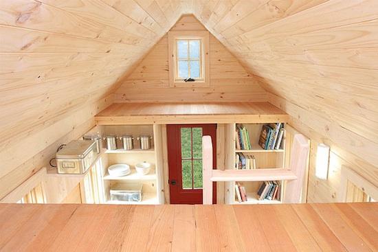 Деревянный загородный домик своими руками